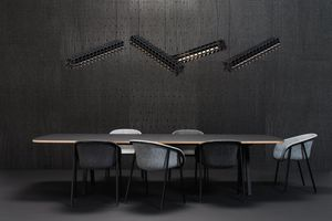 silla contemporánea / tapizada / con reposabrazos / de material reciclado
