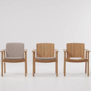 silla de comedor contemporánea / con cojín amovible / de teca / contract