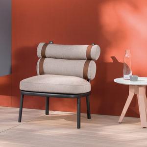 sillón bajo contemporáneo
