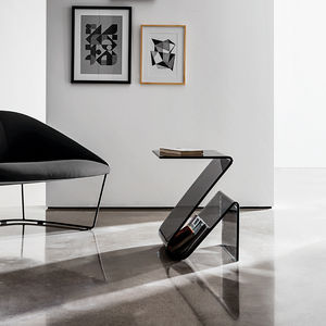 revistero contemporáneo / para uso residencial / de vidrio curvado / de vidrio ahumado