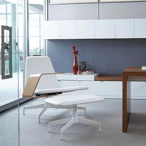 sillón de visita contemporáneo / de tejido / de metal / tapizado