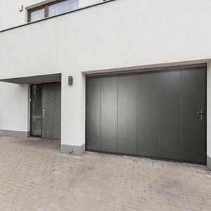 puertas de garaje seccionales laterales