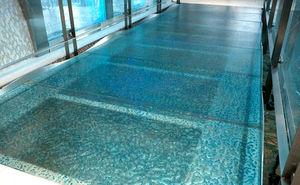 suelo técnico de vidrio / de alta resistencia / antideslizante / antibacterias