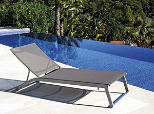 tumbona contemporánea / de aluminio / de jardín / para piscina
