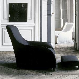 sillón contemporáneo / de cuero / con reposapiés / Bergere
