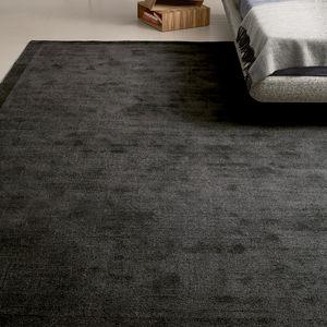 alfombra contemporánea / de color liso / de poliéster / de polipropileno
