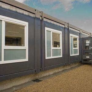 construcción en contenedores para uso industrial