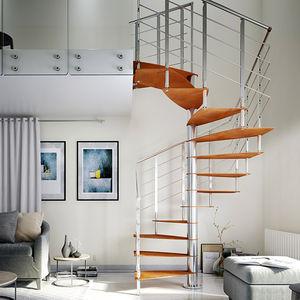 escalera de caracol cuadrada / estructura de acero inoxidable / con peldaños de metal / sin contrahuellas