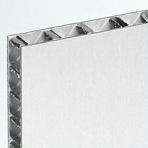 panel sándwich para fachada ventilada