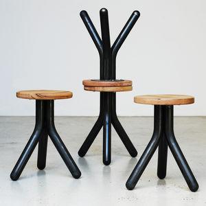 taburete de diseño minimalista