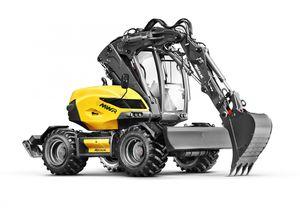 excavadora mediana / de ruedas / compacta / giratoria