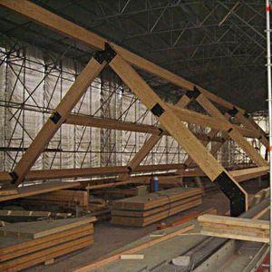estructura de tejado de madera de madera