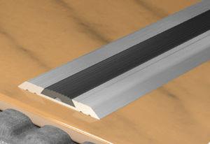 perfil de acabado aluminio