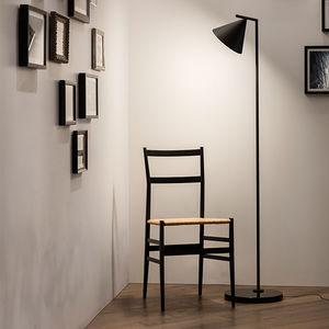 lámpara de pie / contemporánea / de policarbonato / de acero pintado