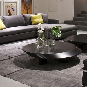 mesa de centro contemporánea / de madera lacada / ovalada / de interior