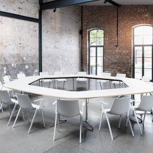 mesa de conferencia contemporánea