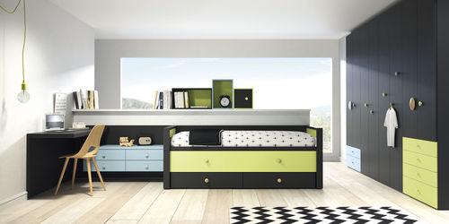 habitación para niños de madera