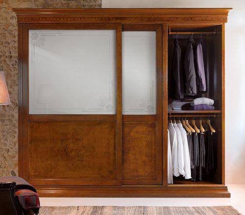armario clásico / de roble / de nogal / de madera maciza