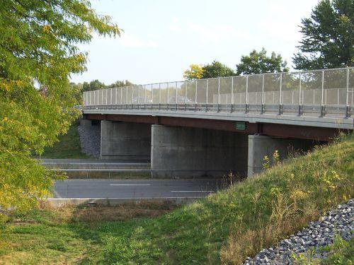 puente de vigas / de hormigón armado / prefabricado
