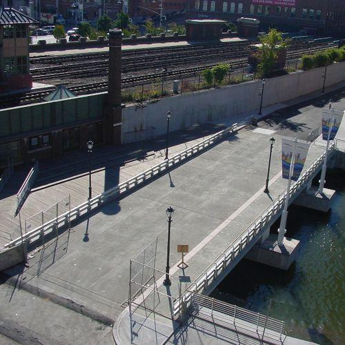 puente de vigas / de hormigón armado / prefabricado / modular
