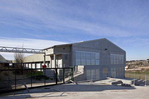 edificio prefabricado / de hormigón / para uso industrial / contemporáneo