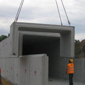 marco de hormigón de hormigón prefabricado / de hormigón armado