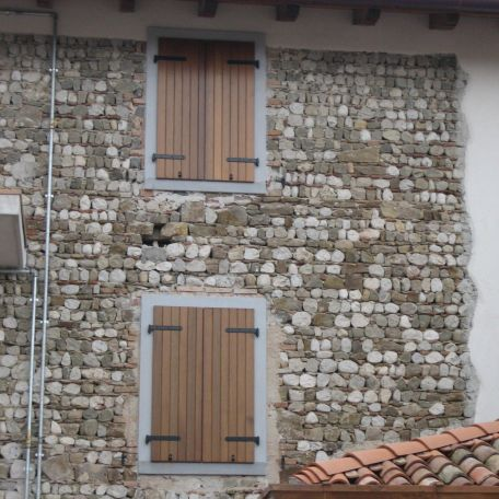 contraventana abatible / de madera / para ventana