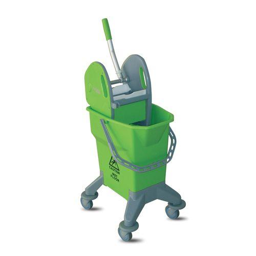carrito de limpieza / para el sector servicios / de polipropileno