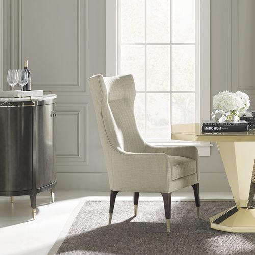 sillón clásico / de tejido / de metal dorado / con orejas
