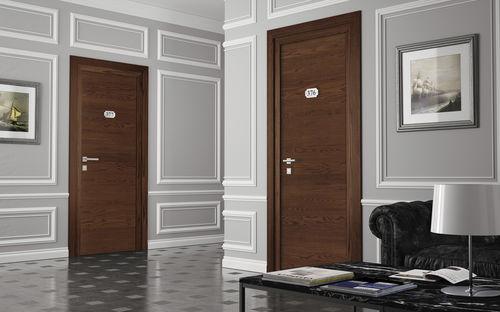 puerta de interior / abatible / de MDF / antiincendios