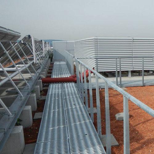 pasarela flotante / con estructura / de acero inoxidable / de acero galvanizado