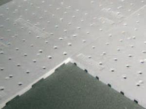 membrana de drenaje con nódulos