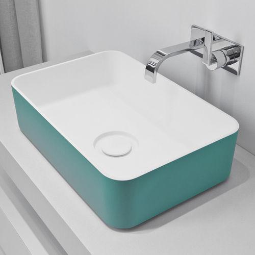 lavabo sobre encimera / rectangular / de mineral compuesto / moderno