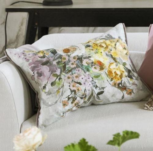 cojín rectangular / con motivos florales / de lino / multicolor