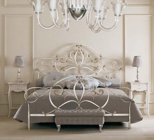 cama de matrimonio / clásica / de hierro forjado