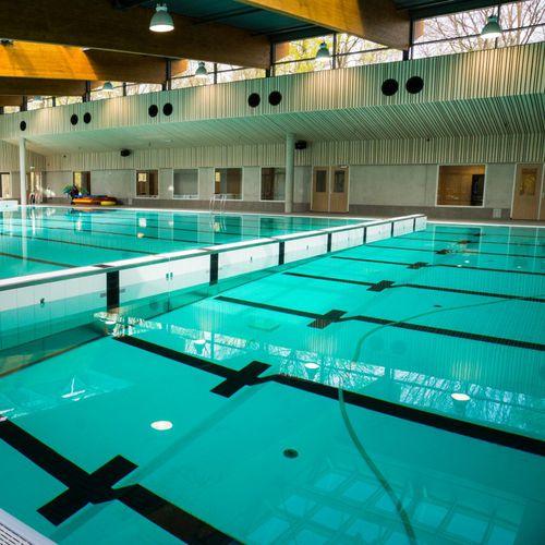muro móvil para piscina pivotante