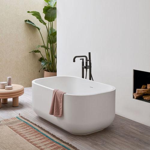 bañera independiente / ovalada / de LivingTec®