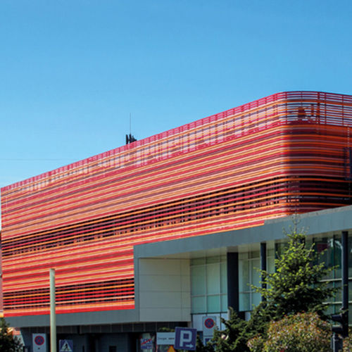 revestimiento de fachada en láminas