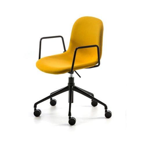 silla contemporánea / tapizada / con reposabrazos / con ruedas