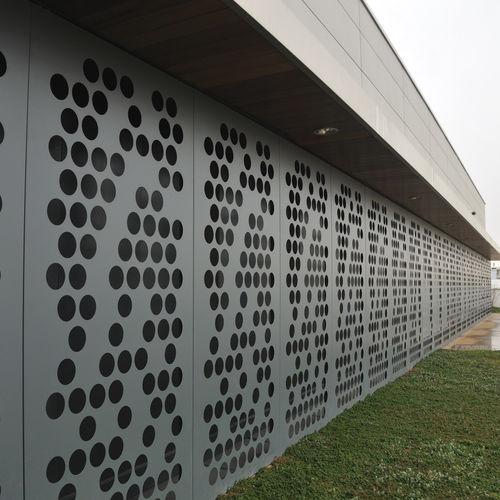 panel de chapa decorativo