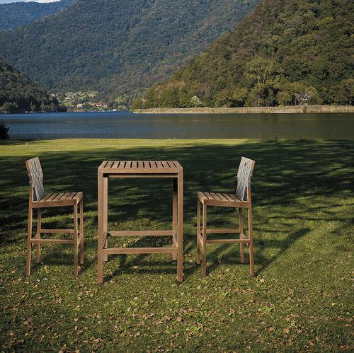 silla de bar contemporánea / de teca / de poliéster / de exterior