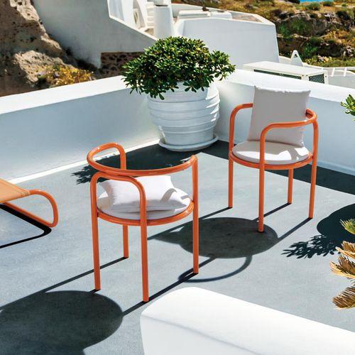 silla de jardín contemporánea / con reposabrazos / tapizada / de acero