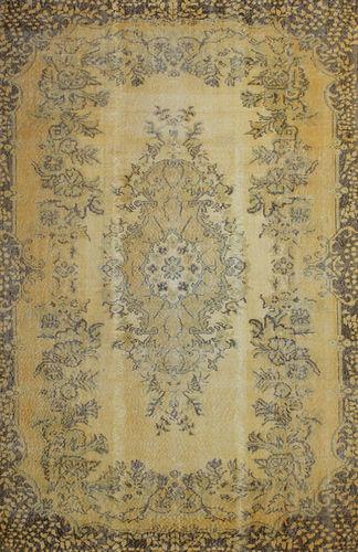 alfombra tradicional / con motivos / rectangular / a medida