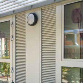rejilla de ventilación de aluminio / lineal / para marcos de ventana