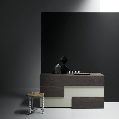 cómoda contemporánea / de madera lacada / de fresno / beis