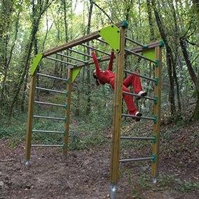 escalera elevada para recorrido deportivo