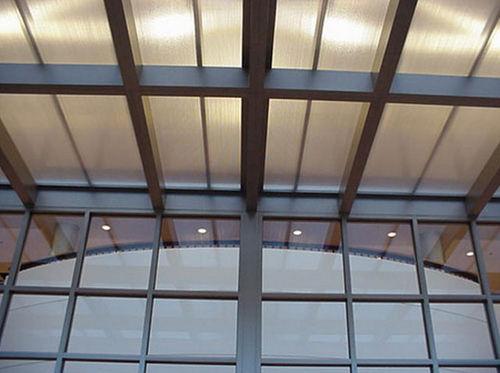 panel de policarbonato para edificio