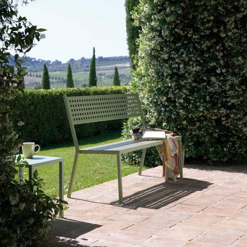 banco para jardín clásico