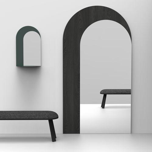 espejo de pared / de pie / contemporáneo / para el sector servicios