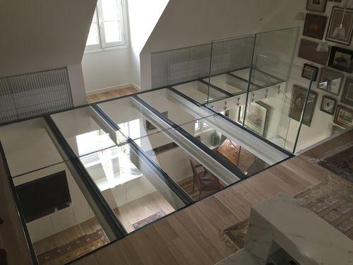 suelo técnico de acero / de vidrio / de interior
